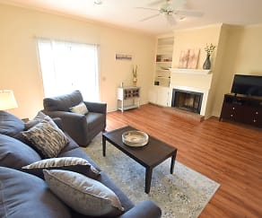 Living Room, Northpointe Village Apartments