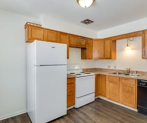 Kitchen, Brentwood Apartments