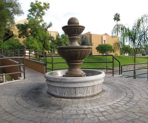 Landscaping, The Scottsdale Belle Rive