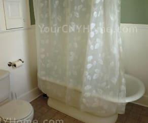 Bathroom, 325 Kensington Road In Su Area