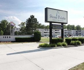 Community Signage, Stone Pointe