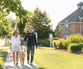 Centennial Park - Pet friendly community with great walking paths and pedestrian friendly sidewalks throughout, Centennial Park Apartments