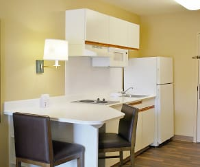 Kitchen, Furnished Studio - Washington, D.C. - Tysons Corner