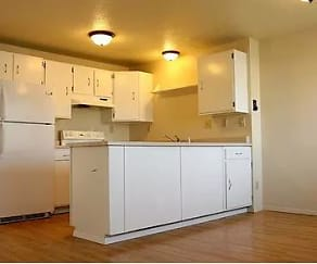 Kitchen, Cleveland & Townpark Townhomes