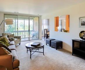 Summit Pointe Apartment Homes, Braintrim, PA