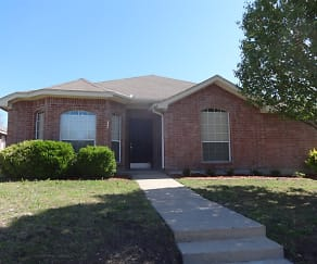 2732 Spring Rain Drive, Creek Crossing Estates, Mesquite, TX