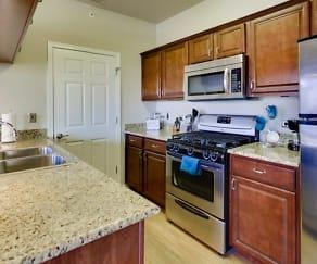 Kitchen, Glenmuir of Naperville