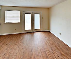 Living Room, 4205 Larson Ln