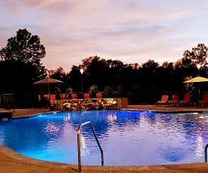 Pool, Fieldstone Apartment Homes