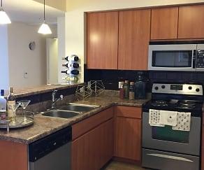 Kitchen, Shade at Desert Ridge