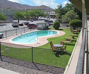 Pool, Mesa Ridge