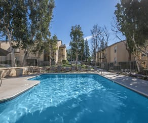 Pool, Mountain Creek Apartments