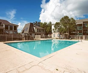 Pool, Willowbrook Apartments