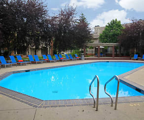 Pool, Fox Chase Apartments