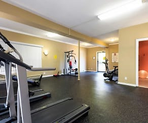 Fitness Weight Room, Tonkaway Apartments