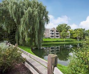 Lake, White Oaks Premier Apartments
