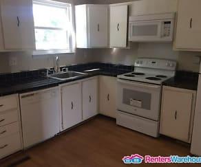 Kitchen, 458 Darton Ct