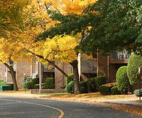 Gill Lane Village, Keasbey, NJ