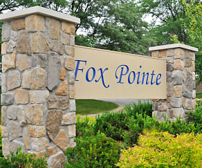 Community Signage, Fox Pointe Apartments