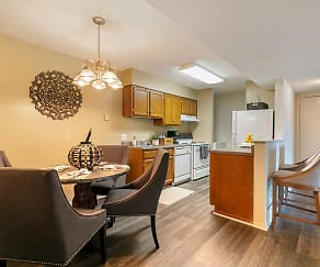 Dining Room, High River Apartment Homes
