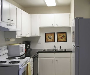 Kitchen, Alder Ridge Apartments