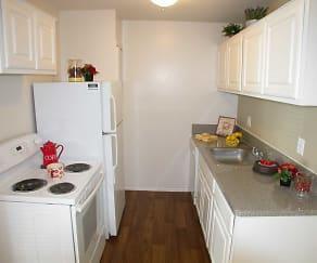 Kitchen, Kensington Park Apartments