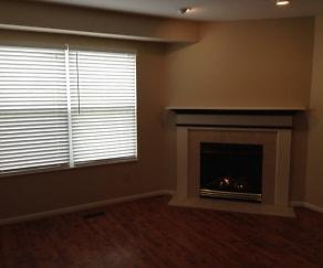 Living Room, 6443 Lantern Way
