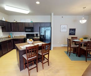Dining Room, Stonebridge Townhomes and Villas