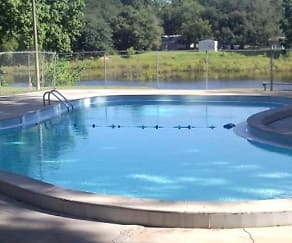 Pool, Cascade Village