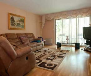 Living Room, 4800 Carol Street