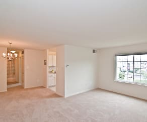 Living Space at Dulles Glen, Dulles Glen