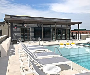 Pool, 1400 Russell Luxury Apartments