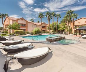 Pool, Mesa Verde