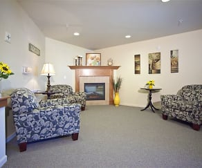 Living Room, Hawks Ridge Senior Community