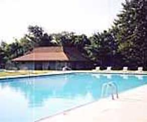 Pool, Park Crossing