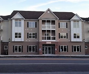 Building, The Ridgeview Townhomes & Crossings at Northern Pines
