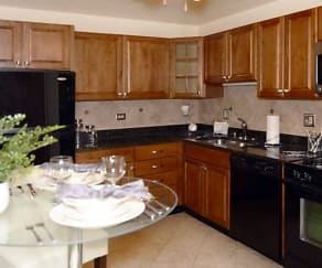 Kitchen, Stonebridge of Arlington Heights