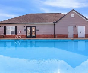 Pool, Greentree Pointe