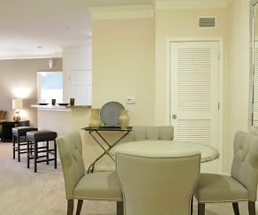 Dining Room, Villas At Hampton