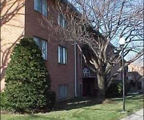 Building, Edgewood Hill Apartments