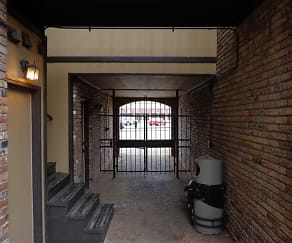 Tombigbee Court, Muscle Shoals, AL