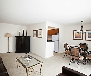 Dining Room, Grandview Pointe Apartments