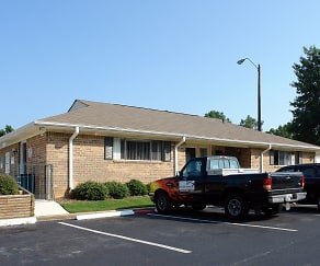 Leasing Office, Valley Crest