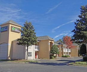 Building, Furnished Studio - Raleigh - Research Triangle Park - Hwy. 55