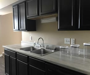 Kitchen, Willow Creek Apartments