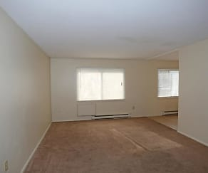 Living Room, Farmington Manor