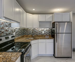 Kitchen, Birchwood Apartments