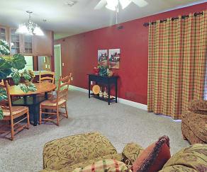 Living Room, West Park Apartments