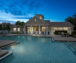 Pool, Lake House Apartments