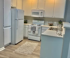 Silverhawk Apartment Homes at La Quinta